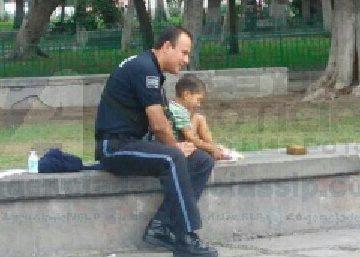 Policia dia del niño