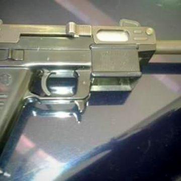cargador arma 1